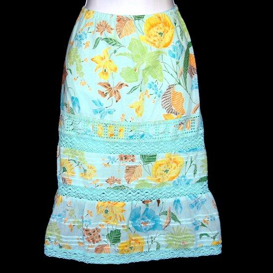 Banana Republic Blue-Green Floral Print Eyelet Lace Trim Skirt Size 2 (XS)