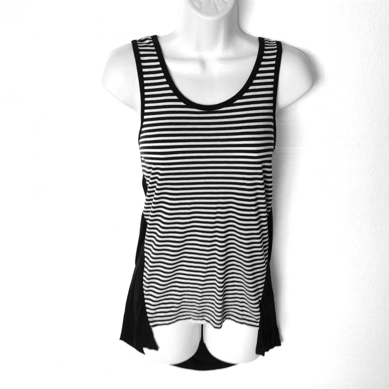 Black and White Stripe Hi Lo Stretch Knit Tank Top Shirt Women's Size Medium (M) New