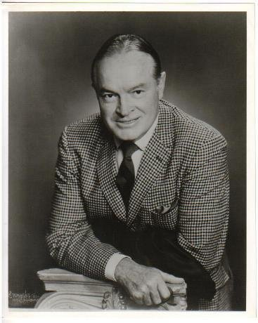 BOB HOPE 8x10 Glossy Black & White Press Photo