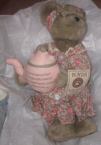 NWT Boyds Bears Grandma Bea