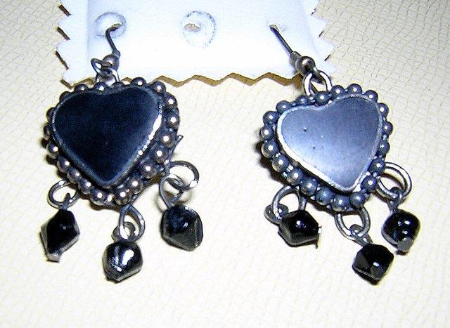 Dangly heart earrings black onyx jet sterling silver earwires vintage jewelry ll2071