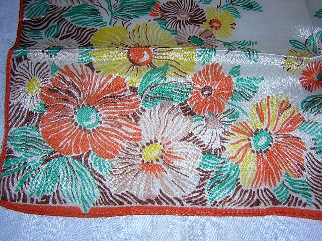 Vintage silk hanky pocket puff stylized flowers lovely ll1702