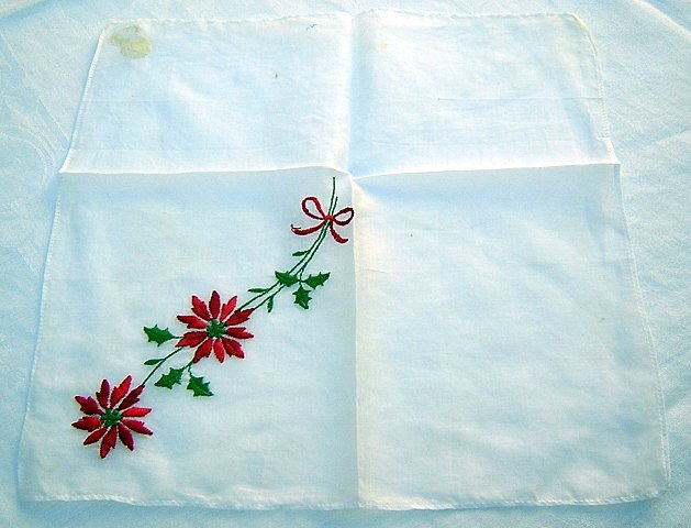Embroidered pointsettia Christmas hanky holly leaves bow ll1652