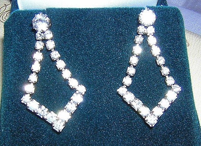 Rhinestone dangling earrings pierced elegance vintage jewelry  ll2024
