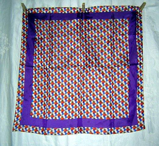Honeycomb print scarf silk blend Glentex unused purple border ll1757
