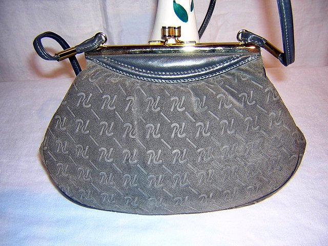 Sculpted gray suede purse elegance from Spain as new vintage ll1557