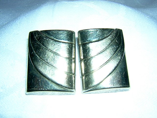 Post modern silvertone clip earrings rectangles vintage jewelry ll2015