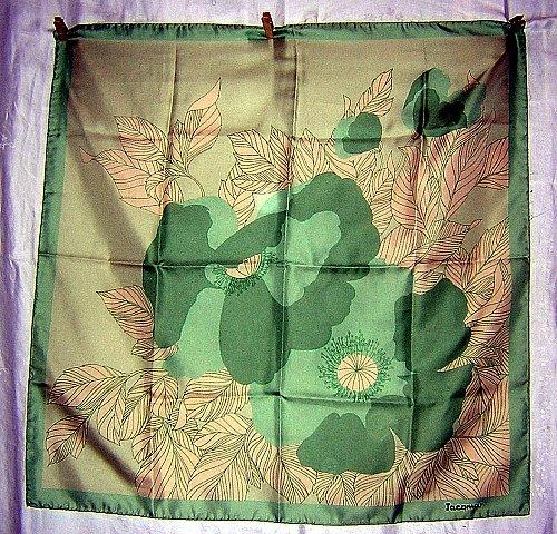 Jacqmar large scarf monochromatic colors large flower rolled hem unused vintage ll1845