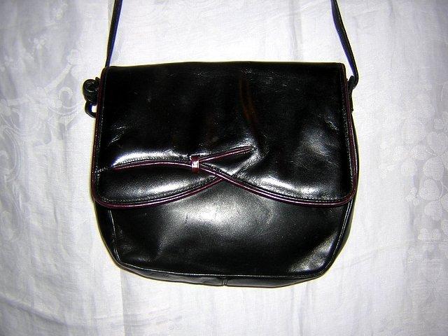 Black kidskin leather shoulder bag purse Ingledew's vintage 80s bag ll1890