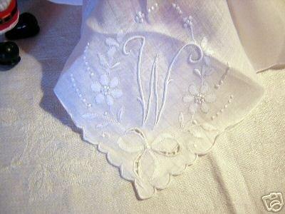 Vintage white embroidered linen hanky monogrammed ll1622