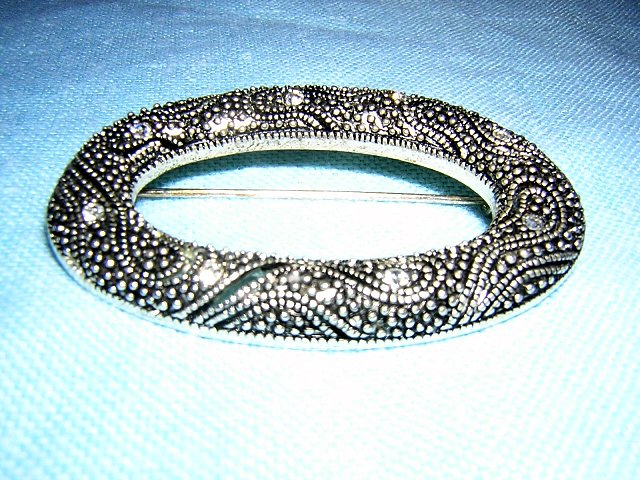 Art Deco caviar beaded oval brooch rhinestones snakey vintage classic ll1682