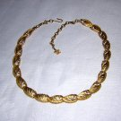 Coro linked petals goldtone necklace perfect vintage jewelry ll2007
