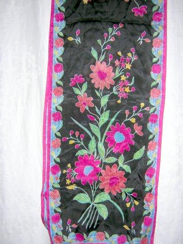 Liz Claiborne long silk scarf floral print on black unused vintage ll1007