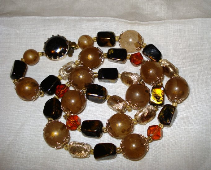 Mixed plastic bead necklace brown tones vintage jewelry ll1367