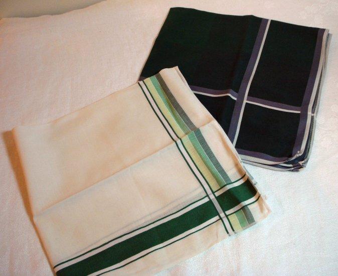 Set of 2 men's vintage cotton hankerchiefs fine quality ll1382