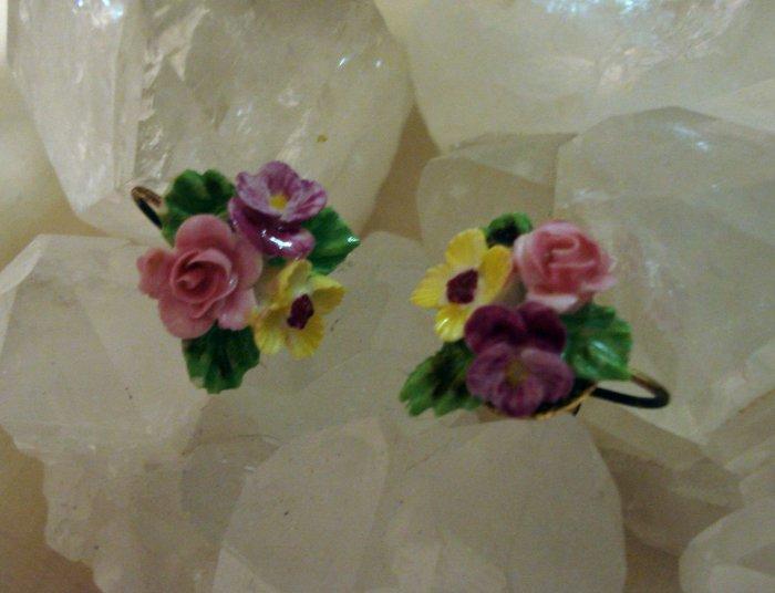 Denton England china posey earrings screwbacks vintage jewelry ll1448