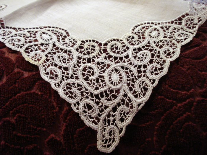 Antique white linen wedding hanky lavish handmade lace ll1447