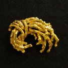 Gold plate brooch pin natural twiggy look signed perfect vintage costume jewelry ll2132
