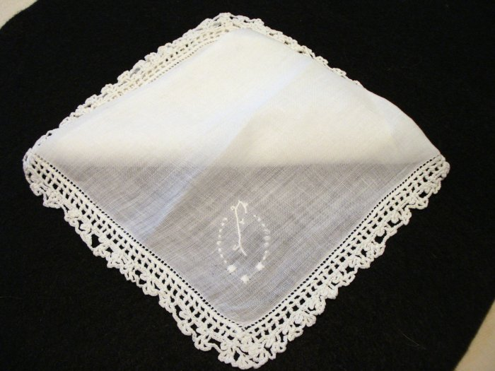 White linen hanky crocheted edge monogrammed wedding antique hankies ll2182