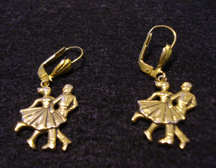 Jitterbugging couple earrings gold tone pierced earwires reproduction vintage jewelry ll2208