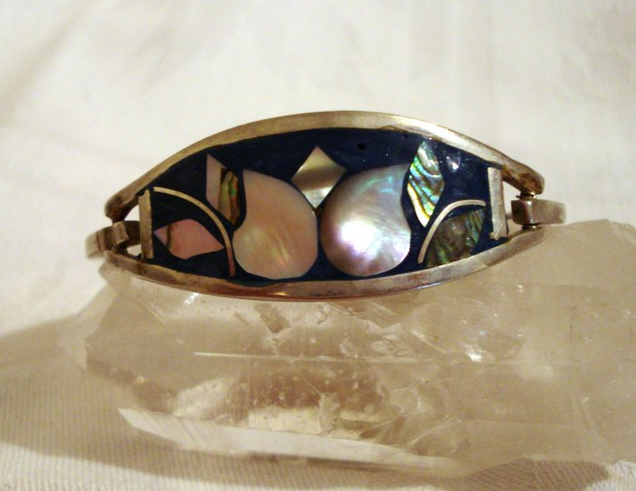 Silver abalone cloisonne hinged bangle bracelet small vintage ll2332