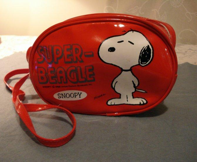 Snoopy Super-Beagle red plastic purse Schulz Peanuts 1958 shoulder strap vintage ll2338