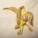Corocraft pin brooch gold tone marquisite pearl perfect vintage ll2473