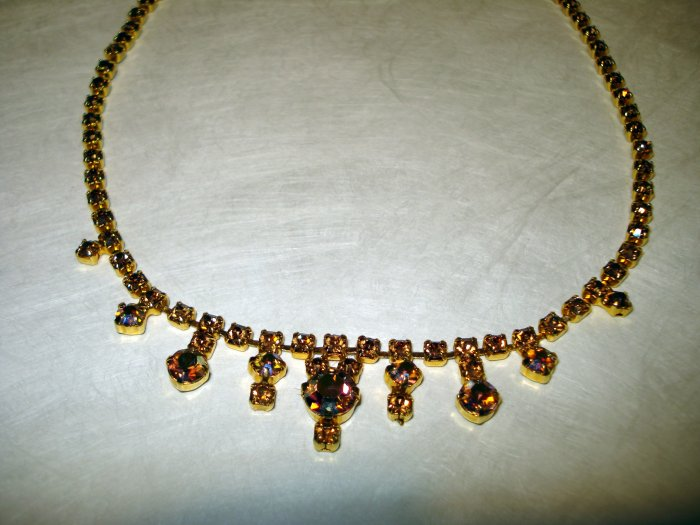 Kramer New York amber rhinestone necklace 1950s demure perfect vintage ll2478