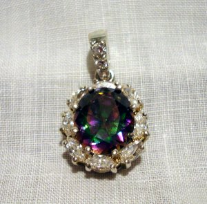 Sterling silver mystic topaz clear quartz elegant pendant preowned as new ll2598