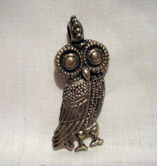 Stylized owl pendant 925 sterling silver great detailing vintage ll2613