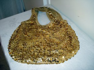 Gold sequins crocheted slouchy soft evening tote excellent preowned ll2775