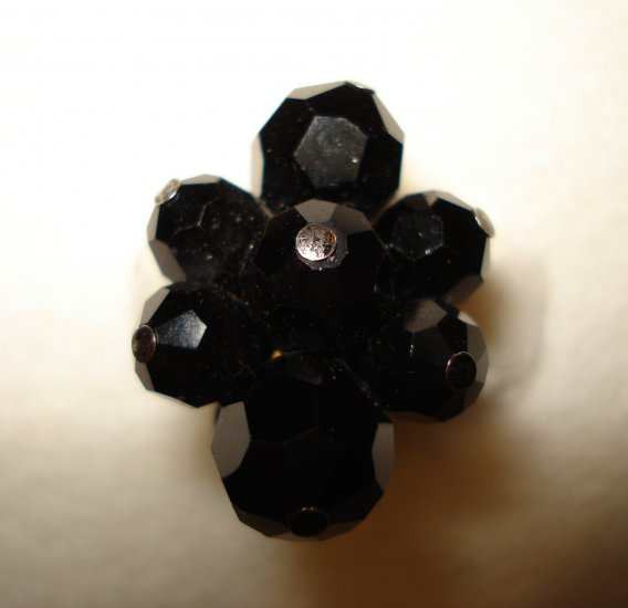 Sherman faceted black glass bead earrings clusters clip back vintage ll2857