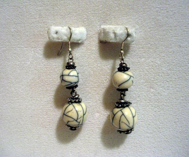 Cracked aged faux marble balls drop earrings ear wires vintage ll2863