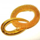 Gold mesh circle pin with polished gold tone oval vintage ll2907