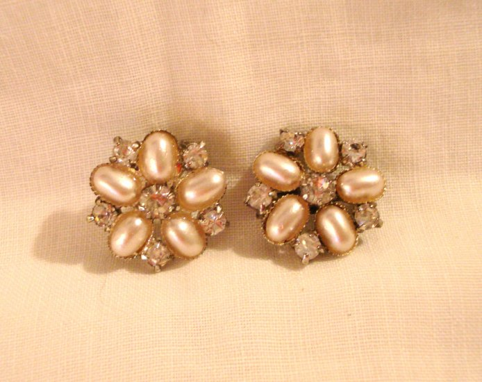 1950s rhinestone and faux pearl scatter pins 2 excellent vintage ll2920