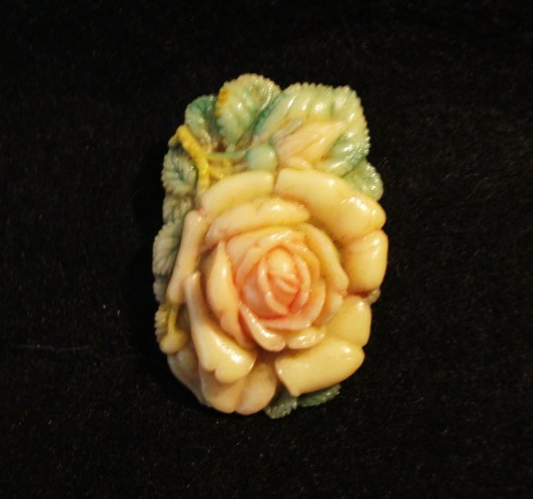 Celluloid dress clip tinted open rose with leaves great vintage ll2944
