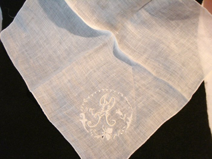 Monogrammed white linen hanky handmade Madeira style embroidery vintage ll2947