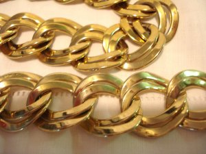 Double flat link necklace and bracelet set  gold plated preowned ll3009