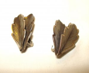 Bell Trading Post nickel silver clip earrings Textured leaves vintage ll3054