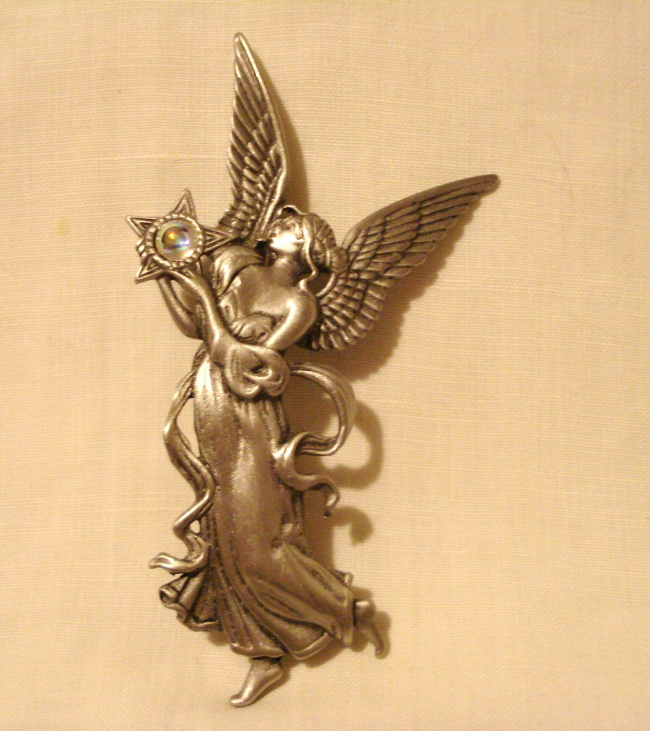 JJ angel with star pin brooch pewter graceful excellent preowned ll3114