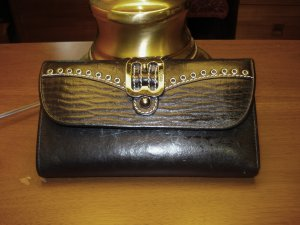 Bosco black leather clutch style wallet vintage holds a lot of cards ll3225