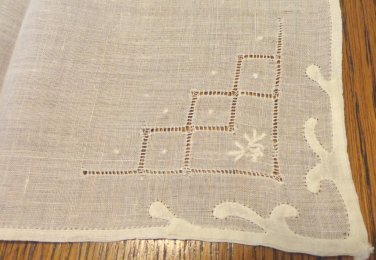 White linen hanky threadwork Madeira embroidery applique hem for weddings or to tuck in purse ll3400