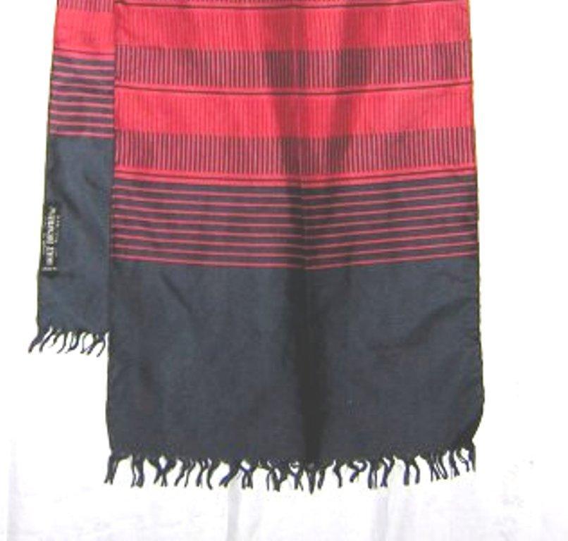Long silk coat scarf navy brick made in Italy for Holt Renfrew ll2166