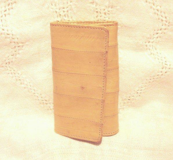 Eelskin keycase with coin slot 6 key holders sand unused vintage ll2524