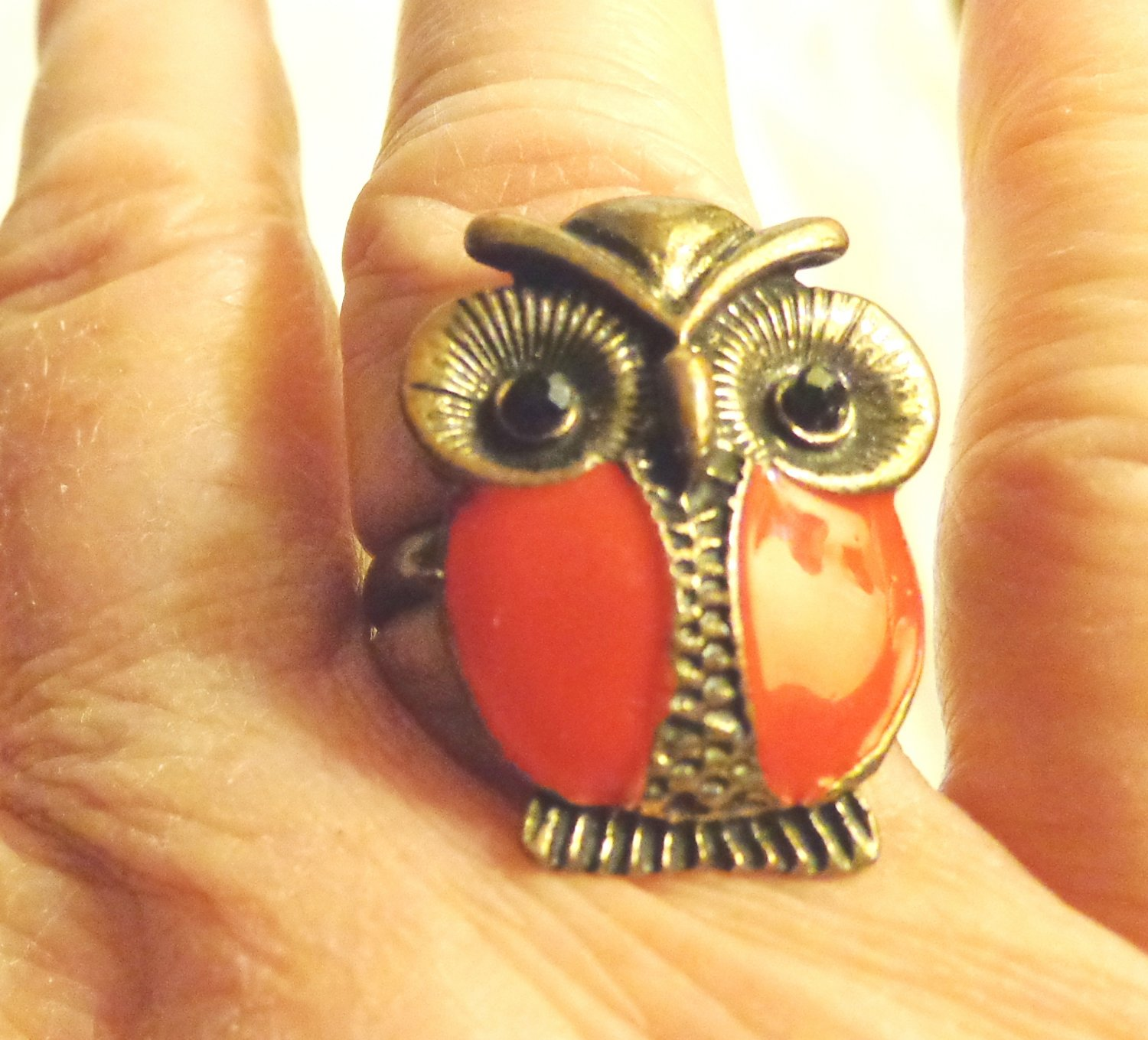 Owl ring red enamal on pewter tone adjustable copper band pre-owned   ll3493