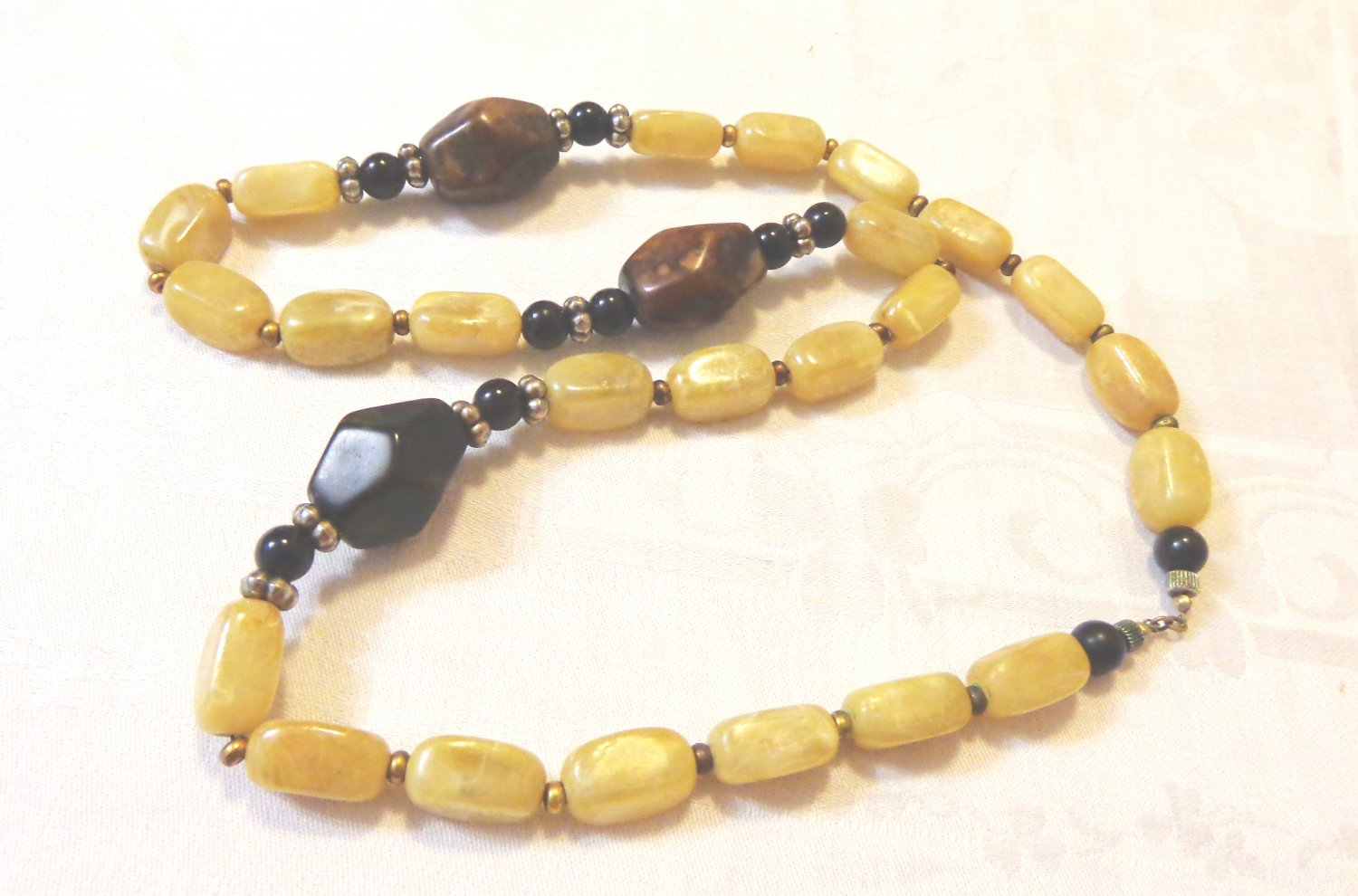 Opera length mixed bead necklace onyx and Bakelite look 34 inches perfect vintage ll3529