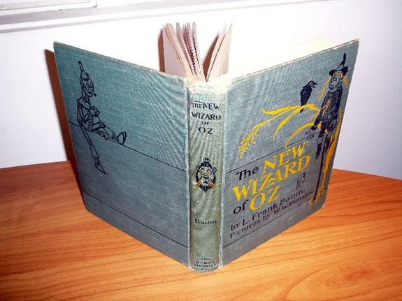 The New Wizard of Oz. 2nd edition 1st state.16 color pl. Printed in 1903. None available online..