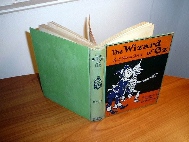 Wizard of Oz  5th edition / 2nd state with 8 color plates. Printed in 1930s by Bobbs Merrill.