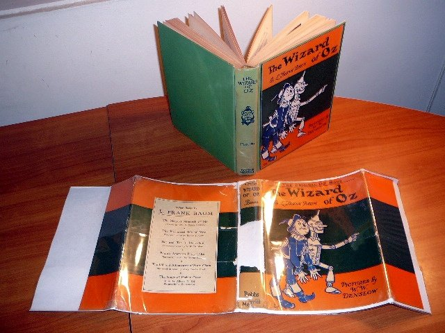 The Wizard of Oz. 5th edition/2nd state in original dust jacket. 8 color plates. Printed in 1930s.