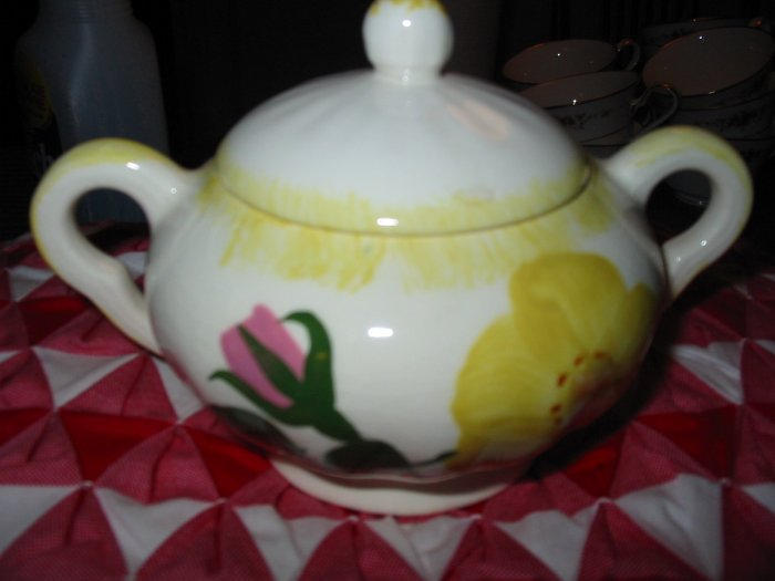 Blue Ridge Pottery Sugar Bowl With Lid Yellow & Pink Flowers Nice Piece